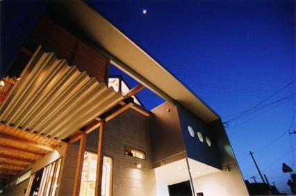 Balcony-House-TOP