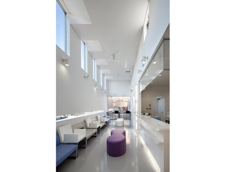 M-Clinic-Waiting room-1