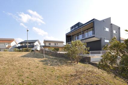 Scenery-House-TOP