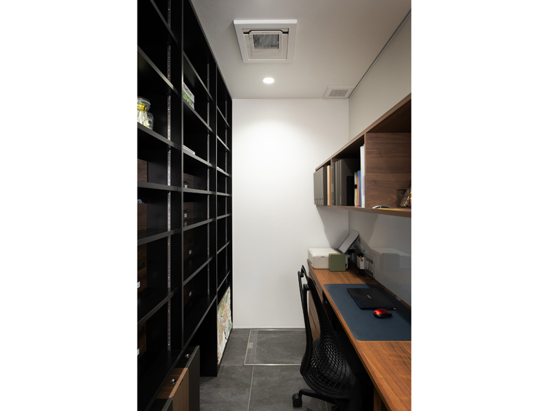 nicoima-House-pantry